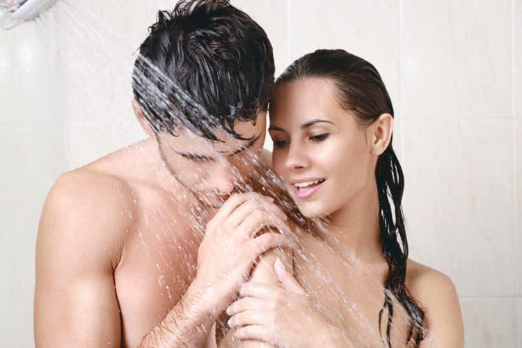 những điều cần biết khi quan hệ tình dục trong phòng tắm