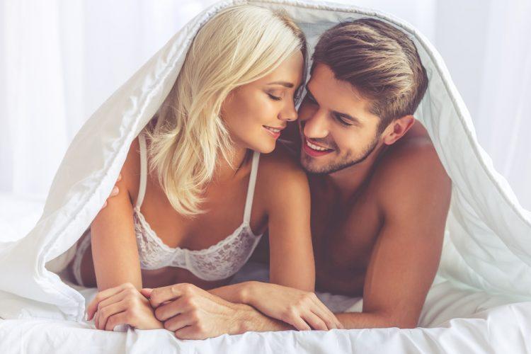 những lưu ý khi sử dụng bao cao su trong quan hệ tình dục - đồ chơi tình dục